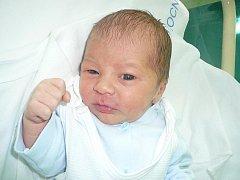 Malý Erik Czudek z Českého Těšína se narodil v nemocnici v Třinci 8. listopadu a při porodu vážil 3,22 kilo a měřil 48 cm.