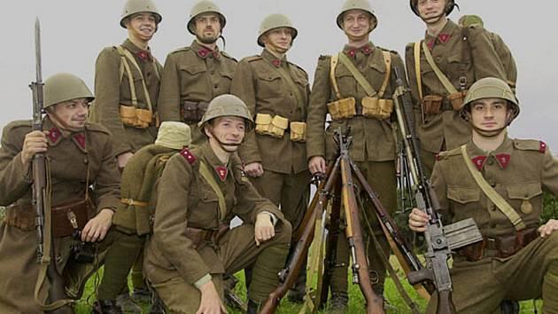 Členové klubu vojenské historie z Opavy