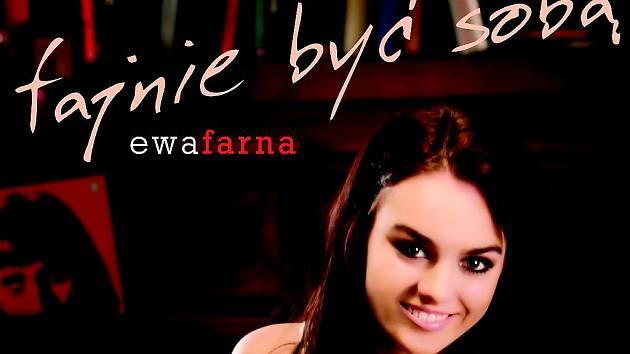 Osmnáctiletá zpěvačka z Třince Ewa Farna se hrdě hlásí ke své polské národnosti, a před sčítáním lidu ktomu přesvědčuje i své rodáky.