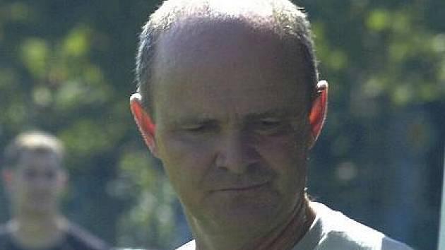 Jan Laslop, trenér karvinských fotbalových žáků.