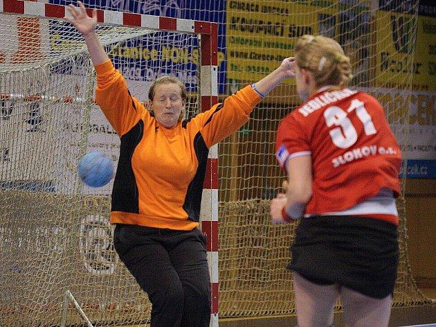Házenkářky Sokola bojují o třetí místo v II. lize.