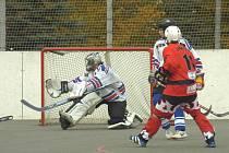 Hokejbalisté Karviné získali důležité body.