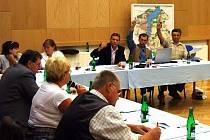 Zasedání těrlického obecního zastupitelstva.