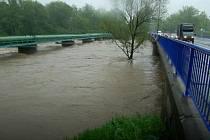 Vzedmutá voda v Olši