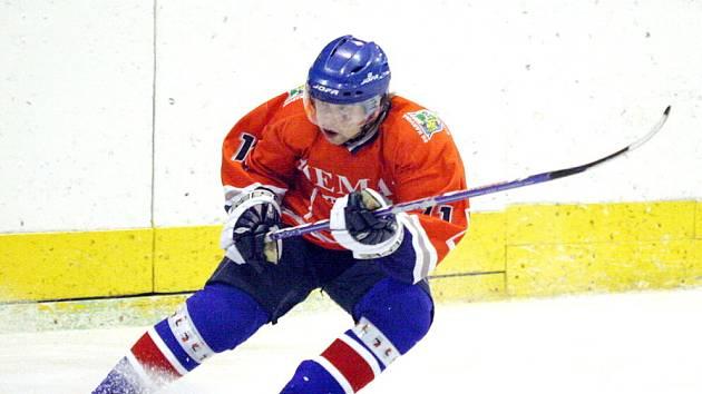 Po výhře v Rožnově si karvinští hokejisté stále drží vedení v soutěži.