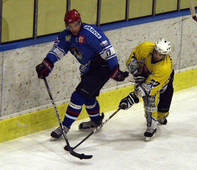 Orlovští hokejisté zaútočí na první místo v tabulce.