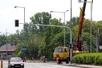 Stavba nového obchodního centra v Nádražní ulici v Karviné si vyžádala také úpravy dopravního značení
