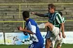 Karvinští fotbalisté (zelenobílé dresy) skončili nakonec v tabulce MSFL čtvrtí.