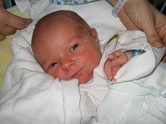 První miminko se narodilo 24. února paní Zuzaně Durčákové z Karviné. Malý Davídek po narození vážil 3400 g a měřil 52 cm.