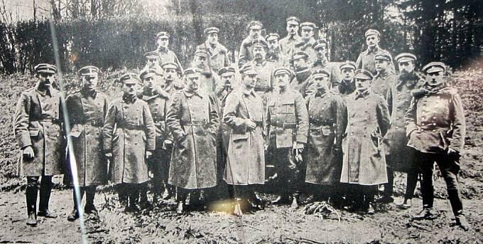 Velitelství Slezské fronty v čele s plukovníkem F. K. Latinikem