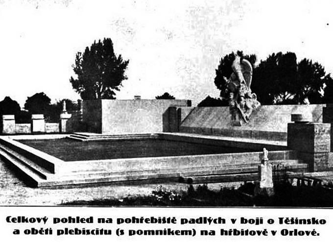 Původní podoba památníku obětem válečného konfliktu v Orlové