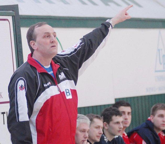 Trenér Jozef Hanták míří na lavičku karvinského Baníku.