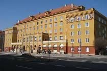 Obytný a podnikatelský dům na Hlavní třídě v centru Havířova zvaný Lučina získal ocenění Fasáda roku MS kraje za rok 2010