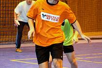 Jiří Trlifaj z Drings After vede míč.
