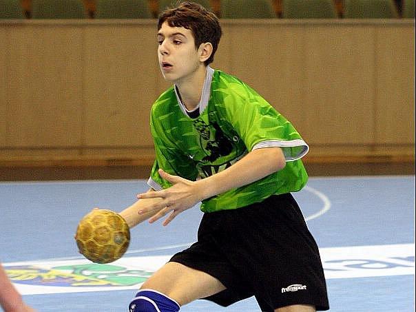Nikolas Moj byl na turnaji žákovské ligy oporou svého týmu.