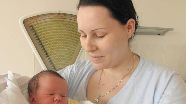 Elizabeth Radočáková, 28. března 2011, Havířov, váha: 3,70 kg, míra: 52 cm