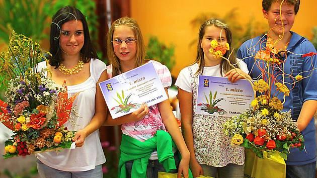 Z prvního až druhého místa se radovali Michaela Kuzmiakova a Veronika Vavrušková z Havířova a Leona Rzeszutková s Dominikem Kryskou z Dětmarovic.
