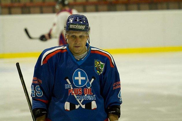 Vyhlášený bitkař Marek Ivan se už docela zklidnil, i když ne úplně. Energii nyní vkládá do výchovy hokejových talentů.