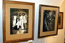 Ještě loni vystavoval v karvinském Chagallu již poněkolikáté světoznámý fotograf Jan saudek a jeho umělecká kolegyně Sára Saudková.