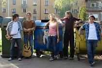 Mladé kapele mnozí předpovídají slibnou budoucnost.