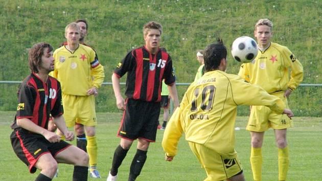 Havířovští a orlovští fotbalisté se na aktivu dozvěděli jména svých soupeřů v divizi. Vzájemné derby obou týmů se odehraje v říjnu.