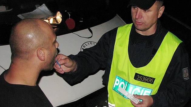 Policejní akce zaměřená zejména na podnapilé řidiče. V tomto případě řidič prošel úspěšně i testem na drogy