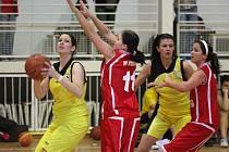 Basketbalistky Orlové hrají v 1. kole play off II. ligy s Příborem zatím nerozhodně 1:1 na zápasy.