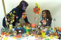 V sobotu proběhl v Orlové Velikonoční jarmark, jehož součástí byla také výstava, kde lidé ukazovali své výrobky. K vidění bylo třeba malovaní kraslic, výroba šperků nebo třeba upečené medové perníčky.