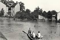 Záplavou postižené Bělidlo v roce 1962