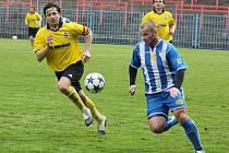 David Sourada (vpravo) se loučil se svou úspěšnou a bohatou fotbalovou kariérou vítězně.
