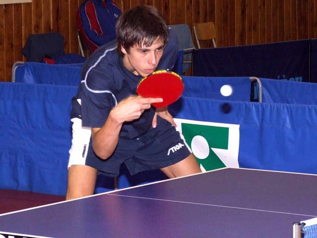 Stolní tenisté Baníku Havířov A zaznamenali v extralize padesátiprocentní úspěšnost, když po prohře v Praze zabodovali v Brně, kde Jakub Crha vyhrál tři dvouhry.