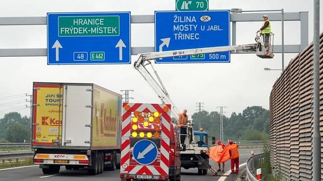 Dálnice mezi Českým Těšínem a Frýdkem-Místkem