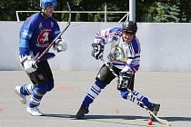 Hokejbalisté Karviné z šestibodového plánu splnili půlku.
