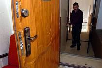 Pojišťovny zaznamenávají nárůst vloupání do bytů. Karvinska se tento jev ale podle policistů netýká.