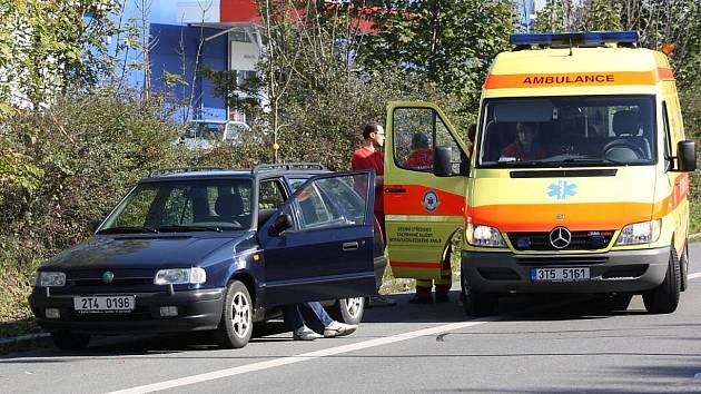 Záchranáři už nemohli řidiči pomoci. V době jejich příjezdu už byl mrtvý.