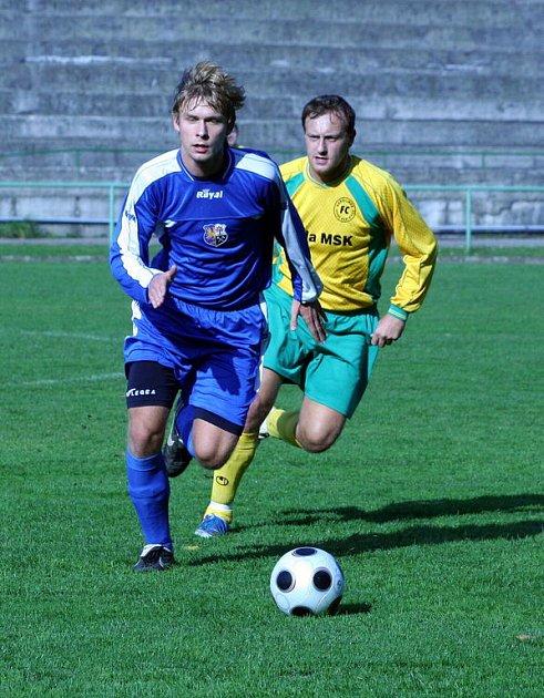 Orlovští fotbalisté stahují náskok vedoucího Slavičína. Už je jen čtyřbodový.