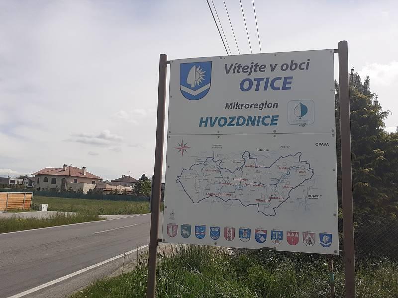 Obec Otice.