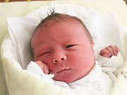 Michal Lorenc se narodil 23. května, vážil 3,98 kilogramů a měřil 51 centimetrů. Rodiče Markéta a Martin z Opavy mu přejí, aby byl v životě zdravý a šťastný. Na Michala už doma čeká brácha Matěj.