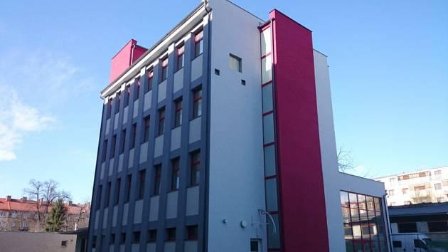 Budova, která má v budoucnu fungovat jako dětské zábavní centrum, se nachází v Provaznické ulici v Opavě.