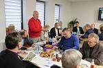 Hlavním problémem, o kterém v úterý 19. prosince starostové na svém sněmu v Dolním Benešově mluvili, bylo nedostatečné dopravní napojení nového outletového centra v Ostravě.