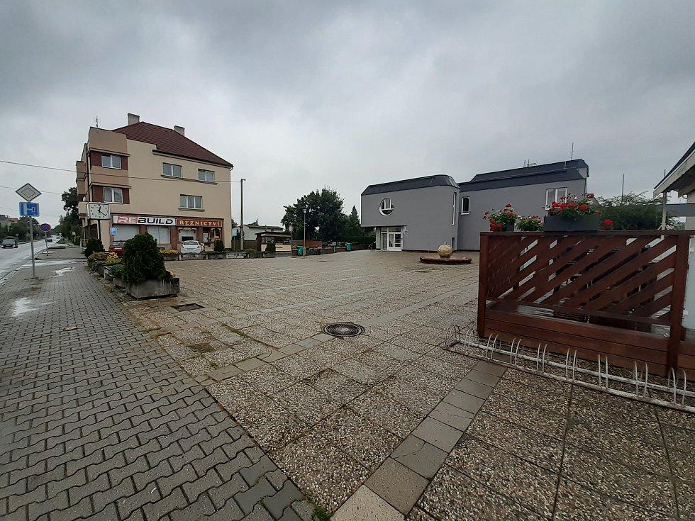 Náměstí v Háji ve Slezsku.