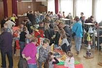 Loňského ročníku Mezinárodního setkání výrobců a sběratelů hlavolamů a jiných kuriozit ve Větřkovicích se zúčastnilo přes jedenáct set návštěvníků a všichni se skvěle bavili.