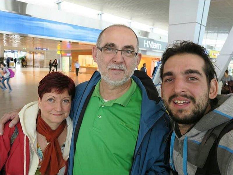 Cestovatel Pavel Klega se v Izraeli setkal se svými rodiči po čtrnácti měsících.