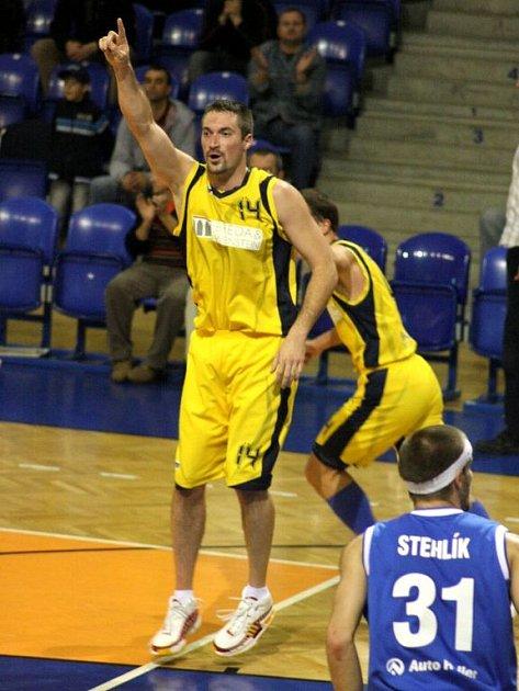 BK Breda & Weinstein Opava – NH Ostrava 80:72