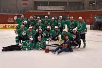 Vítězný tým amatérské hokejové ligy, celek Derby Kouty.