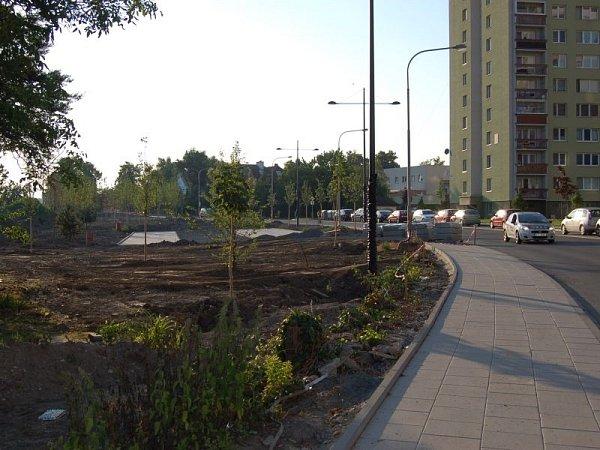 Možná vůbec nejrozsáhlejší proměnou prochází vnitroblok na Hozově nábřeží. Stavební práce čile pokračují podél řeky Opavy mezi mosty uVodní a na Pekařské ulici.
