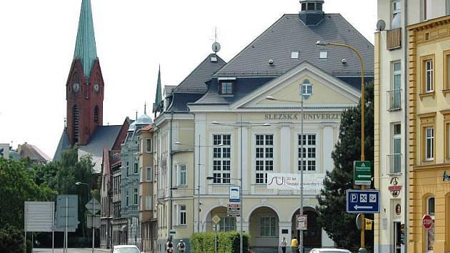 Budova rektorátu Slezské univerzity v Opavě.