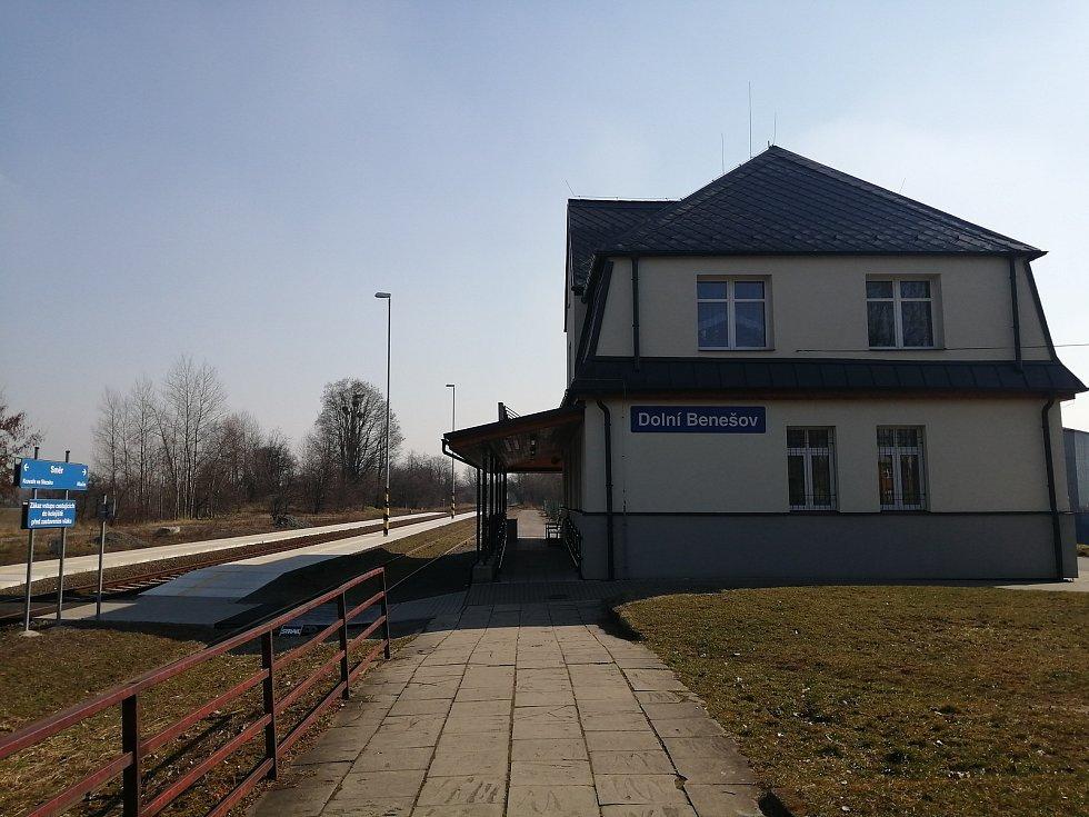 Vlakové nádraží.