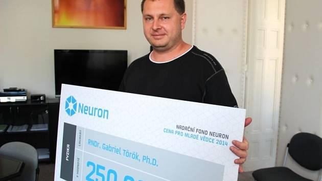 Gabriel Török získal za svůj výzkum vesmíru 250 000 korun.