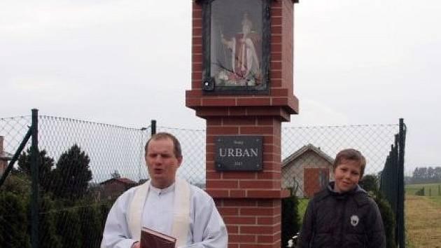 Nová kaplička v Bohuslavicích je zasvěcena patronu zemědělců a vinařů svatému Urbanovi.